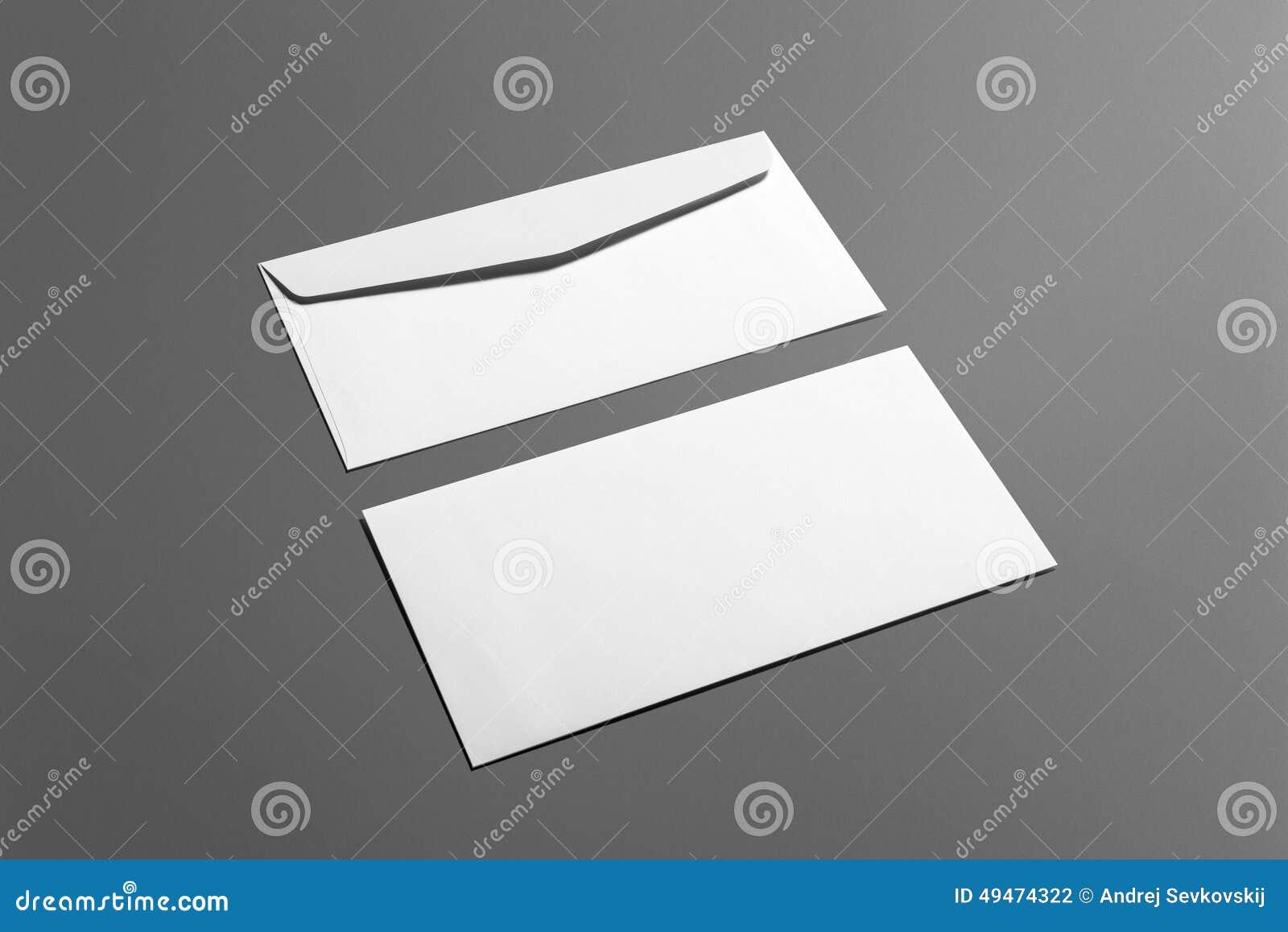 Sistema de los efectos de escritorio de los sobres del espacio en blanco aislado en gris