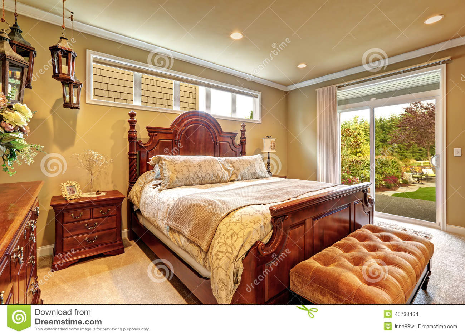 Sistema De Madera Tallado Dormitorio De Lujo De Los Muebles Foto  # Muebles Tallados En Madera