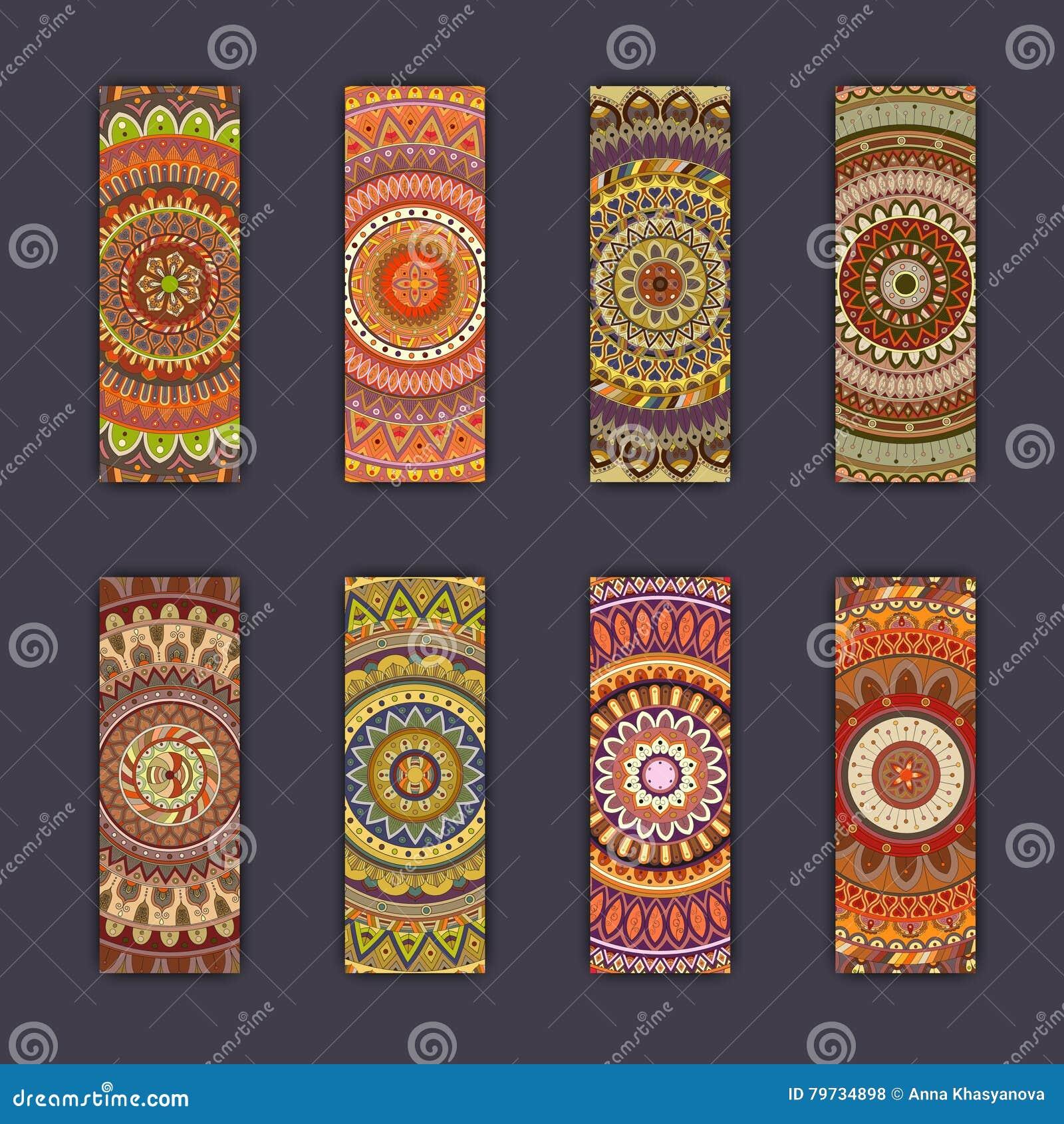 Sistema de tarjeta de la bandera con el fondo decorativo colorido floral de los elementos de la mandala