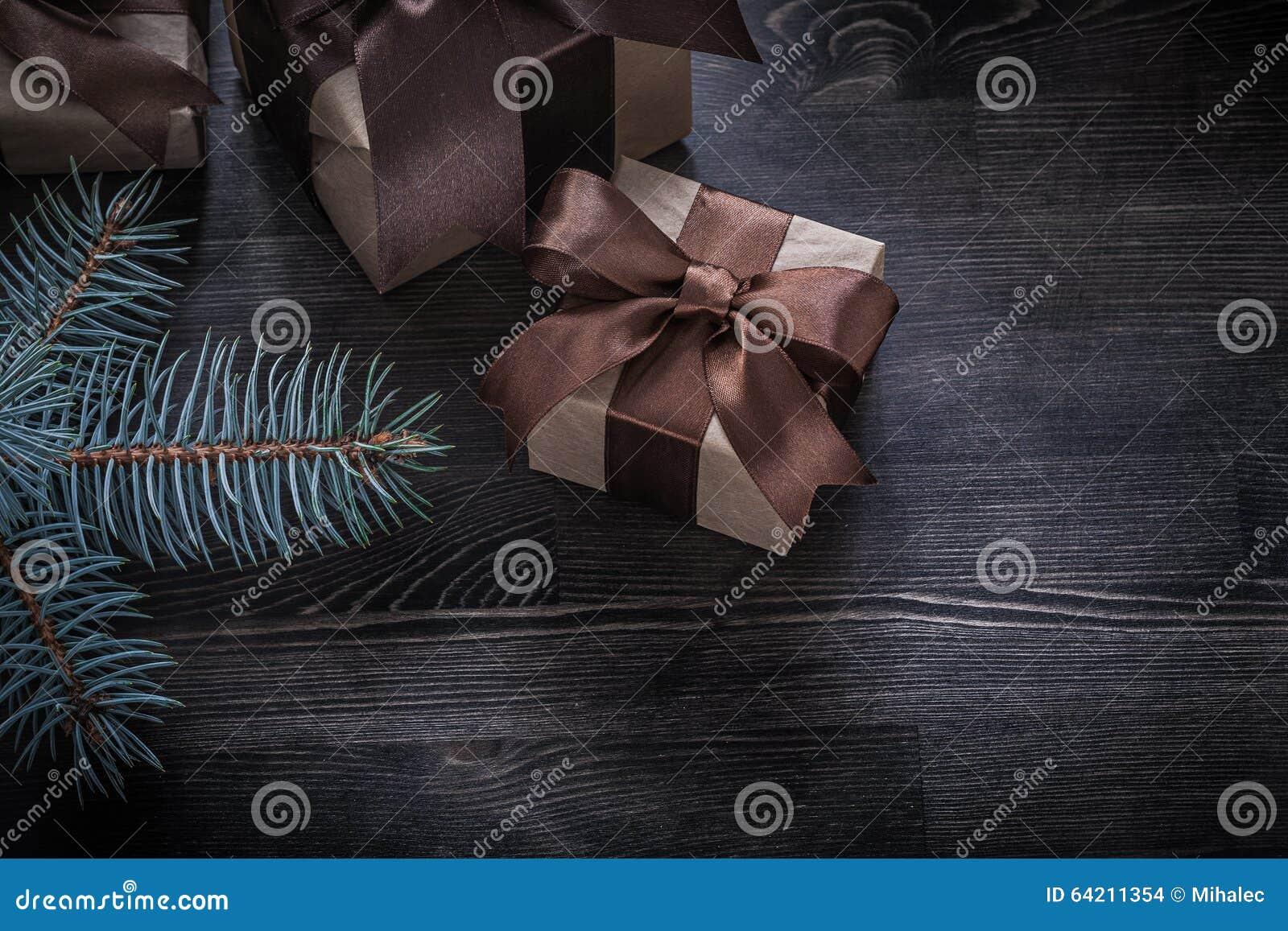 Sistema del día de fiesta de la rama del abeto de los regalos de Navidad