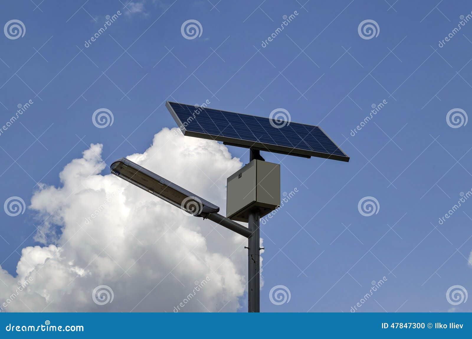 Sistema di illuminazione solare autonomo fotografia stock immagine