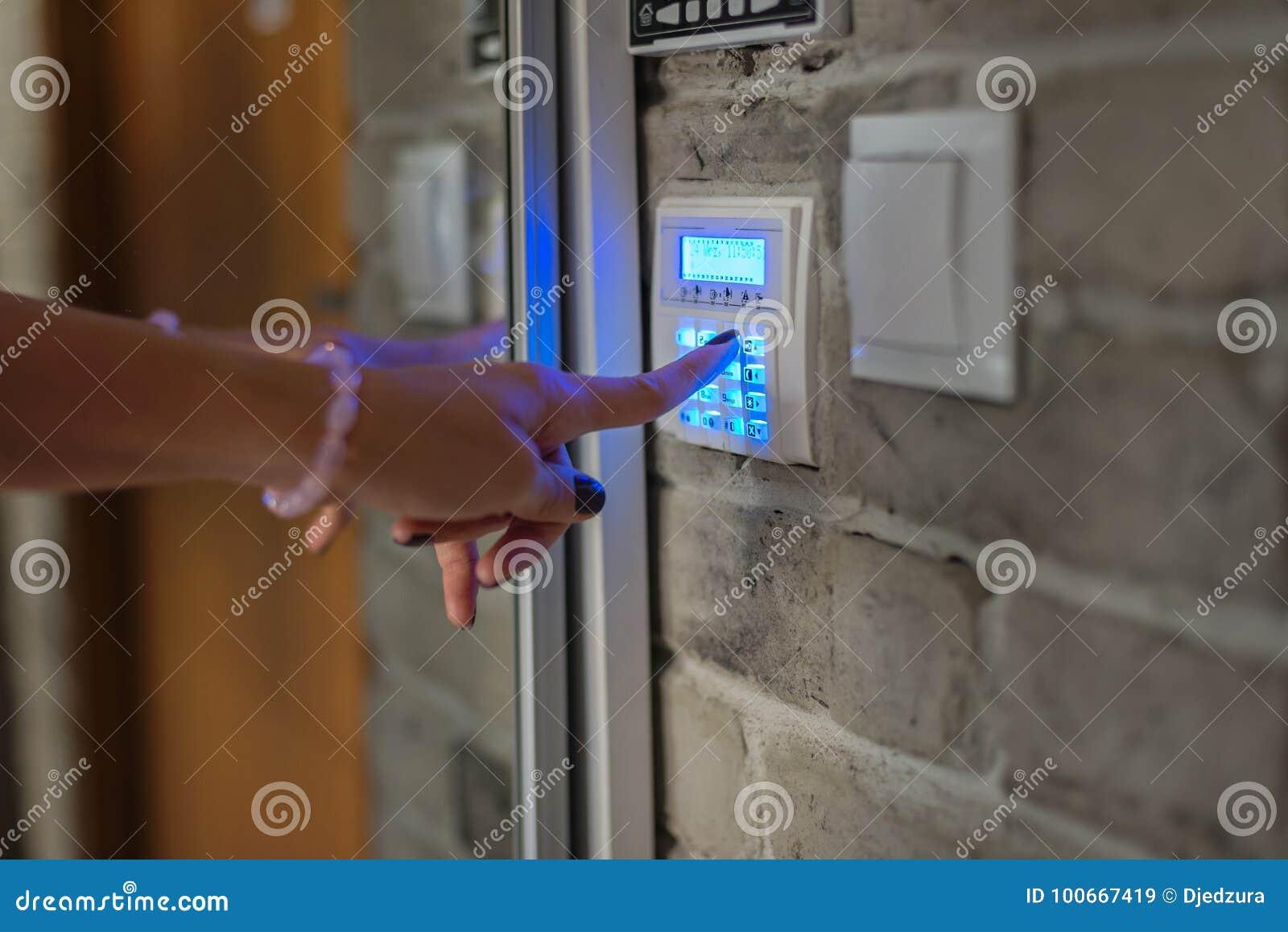 Sistema di sicurezza domestico