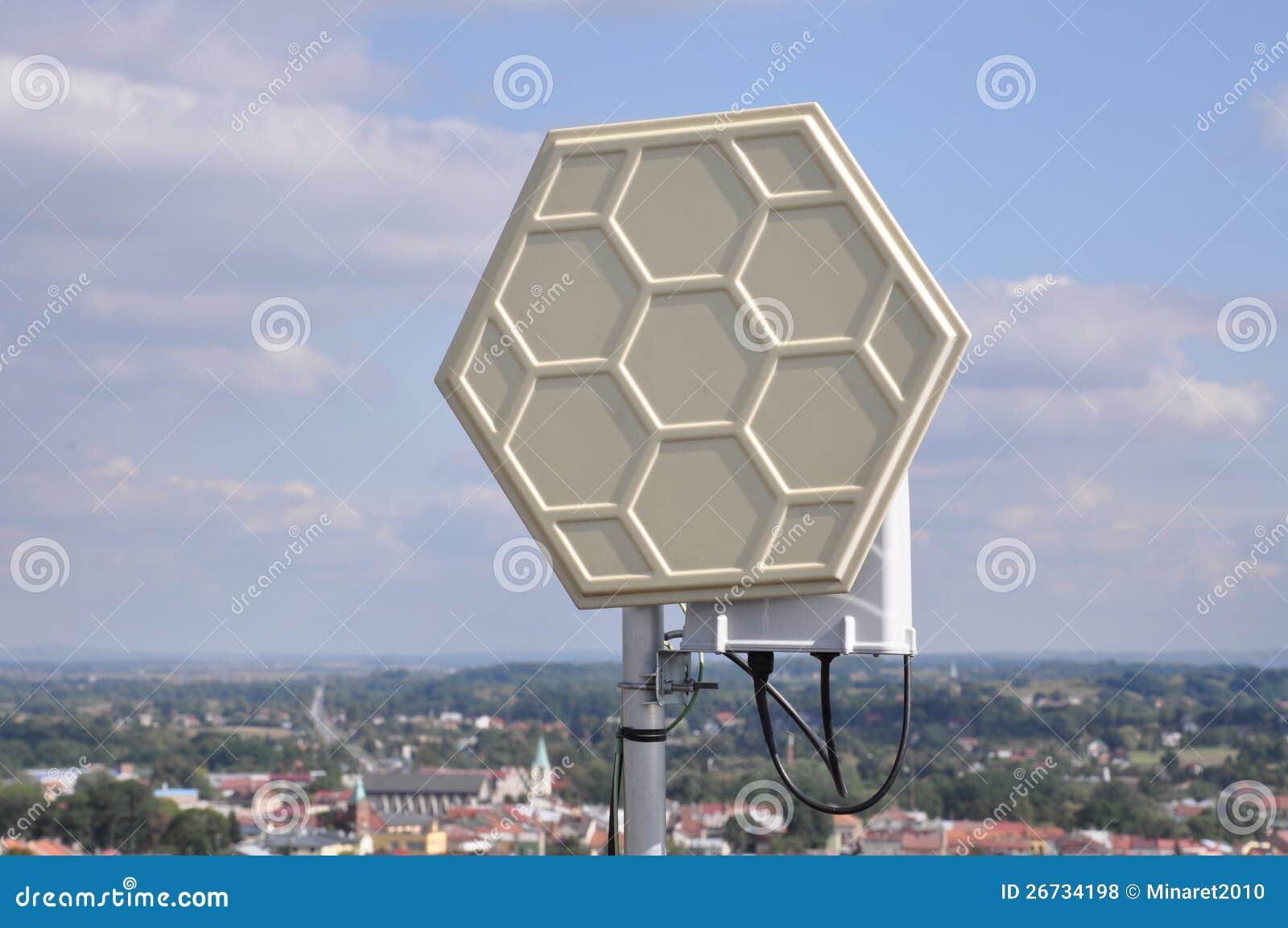 Sistemas de Wifi em um mastro de aço