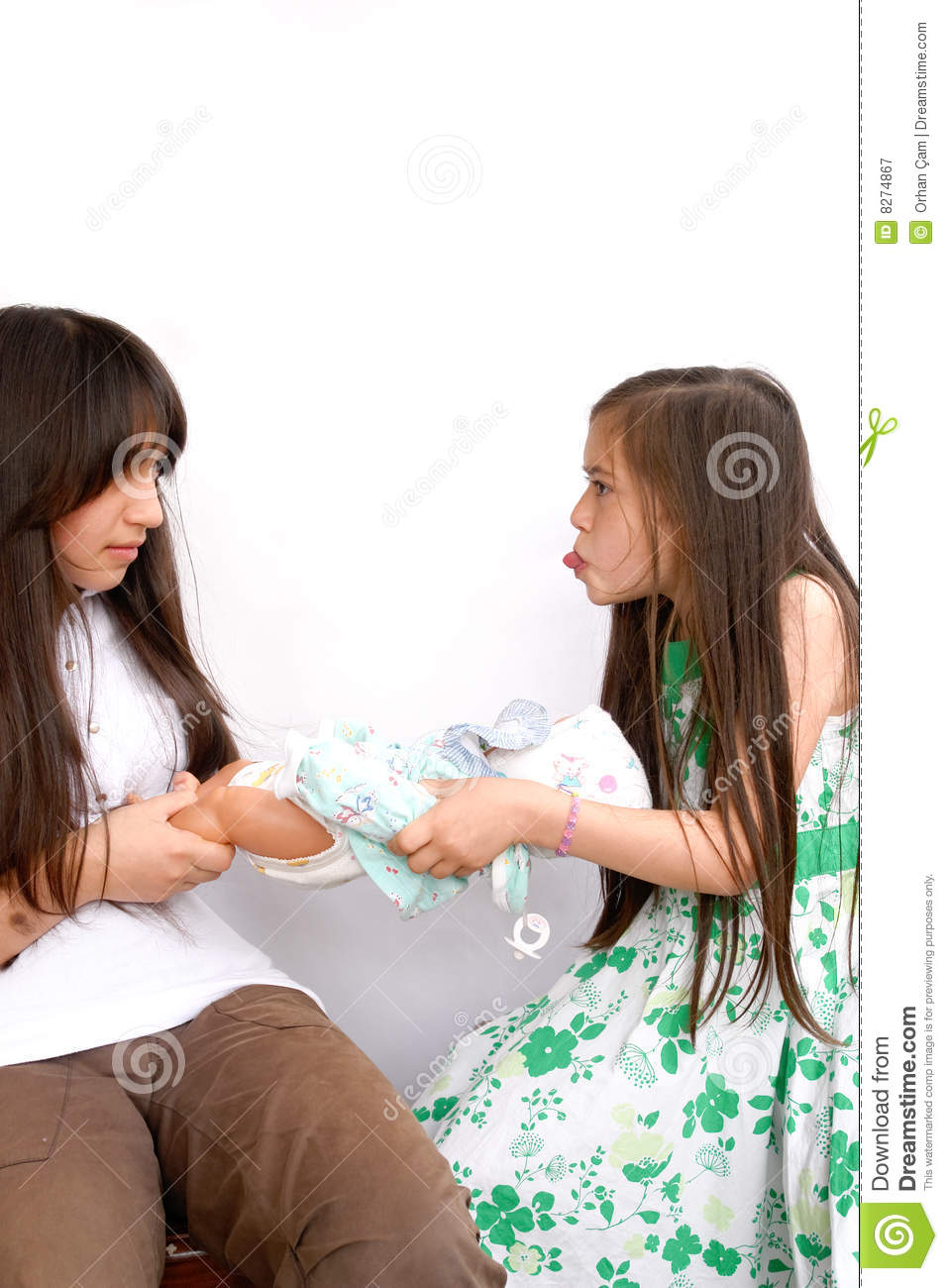 Sisters fight for a doll