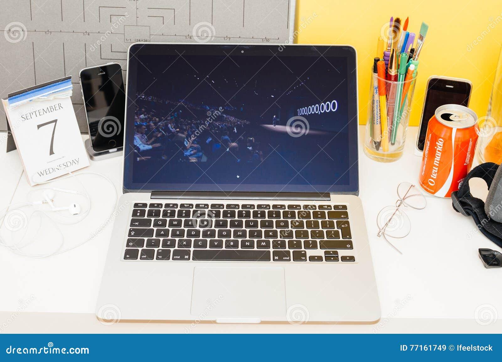 Site Web d ordinateurs Apple présentant 1 milliard d iphone