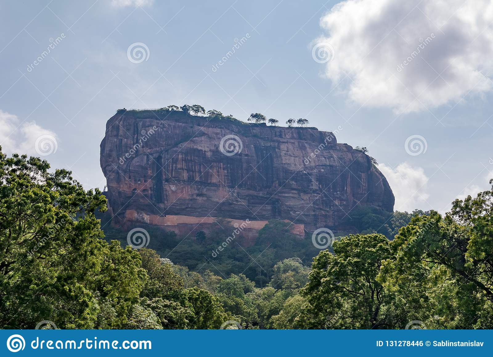 Sitio 'fortaleza del patrimonio mundial de la UNESCO en el cielo ' Sigiriya Sri Lanka