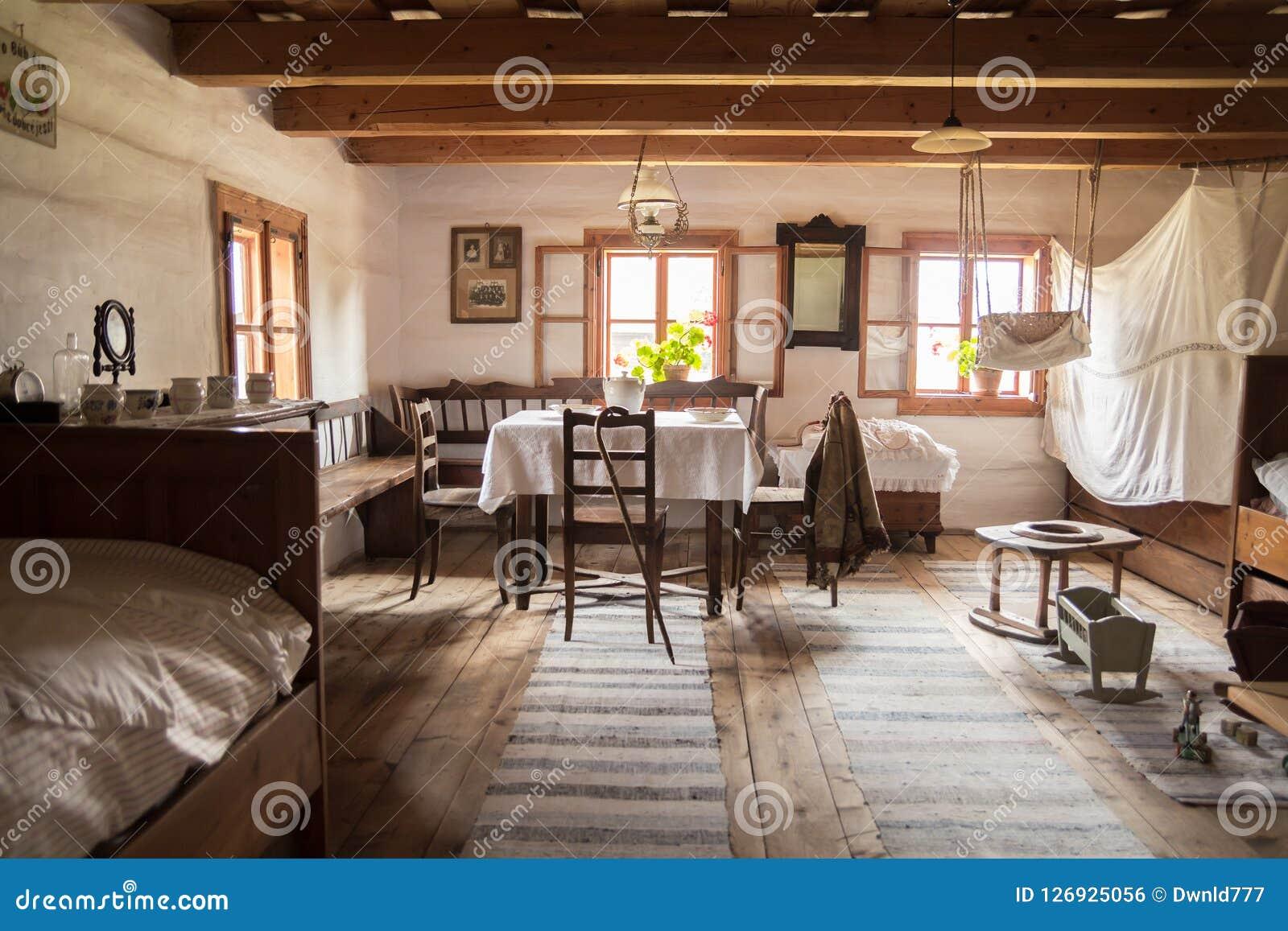 Sitio popular histórico tradicional en Eslovaquia