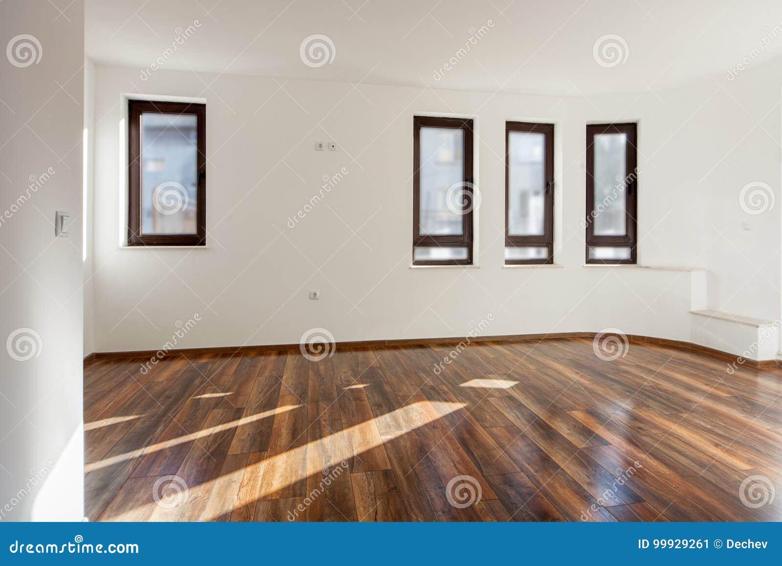 Sitio vac o con la luz natural de ventanas interior - Suelos rusticos interior fotos ...
