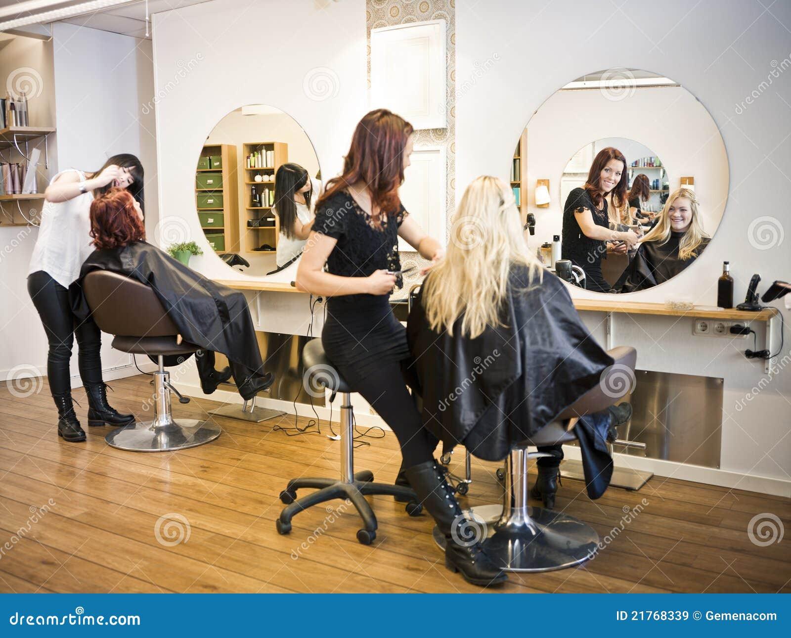 Situazione del salone di capelli