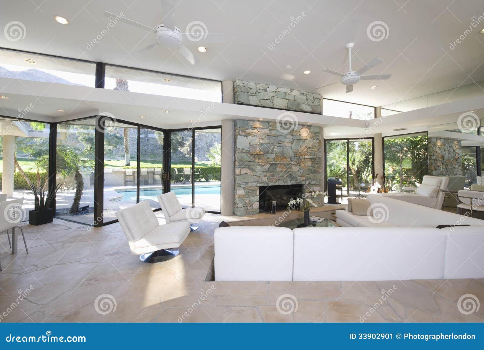 Haus mit pool im wohnzimmer – dumss.com