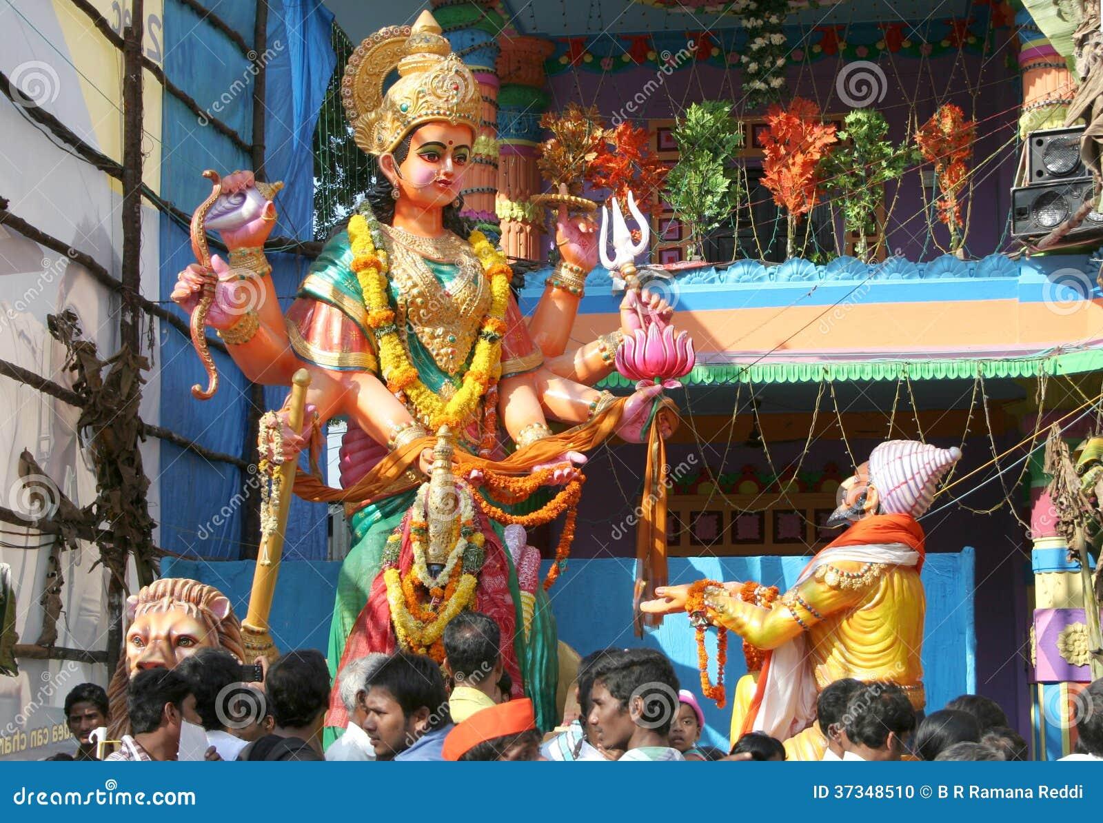 Sivaji be gudinnaTulja Bhavani staty