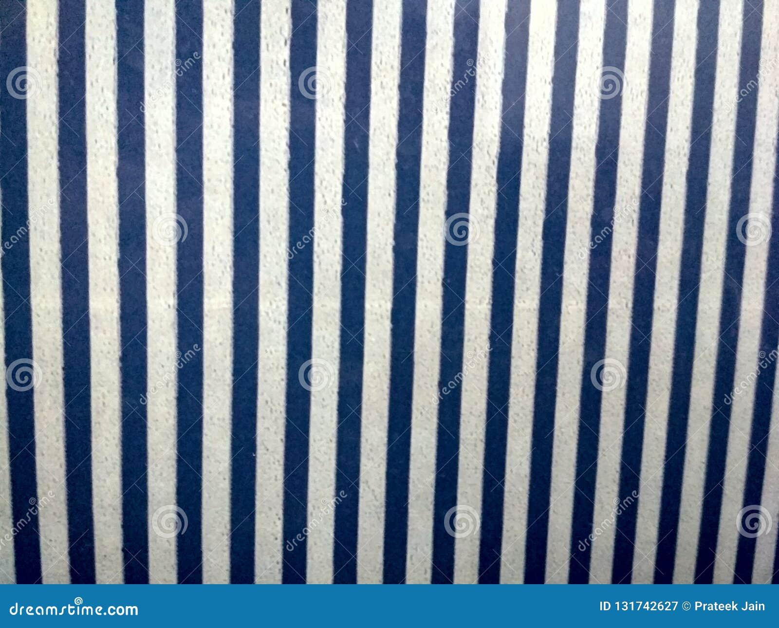 Siwieje kamiennej ściany powlekanie robić paski i kwadratowi bloki brogujący Tło i tekstura