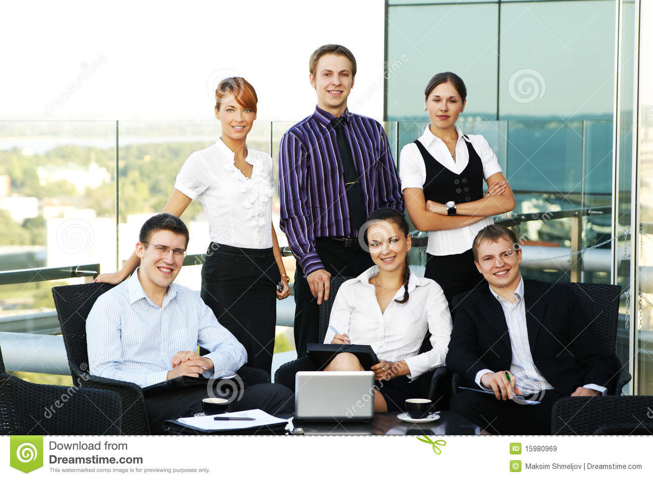 Six young business persons are having a meeting