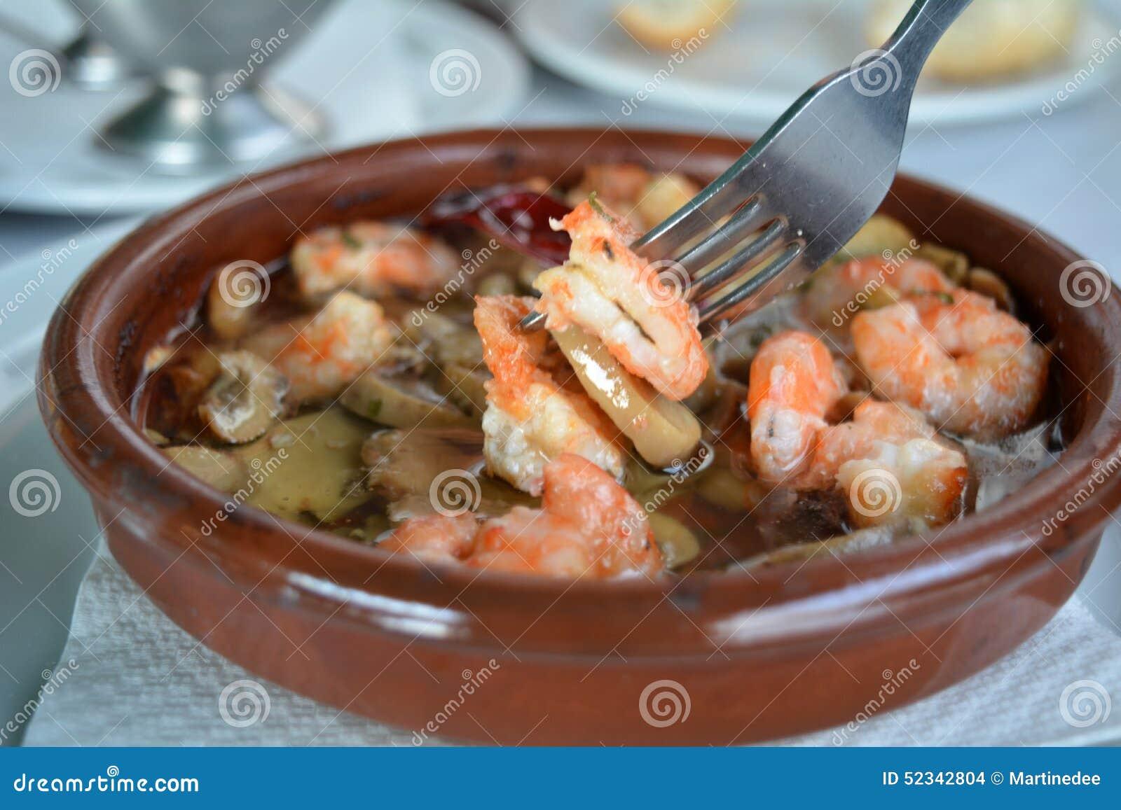 how to cook sizzling garlic prawns