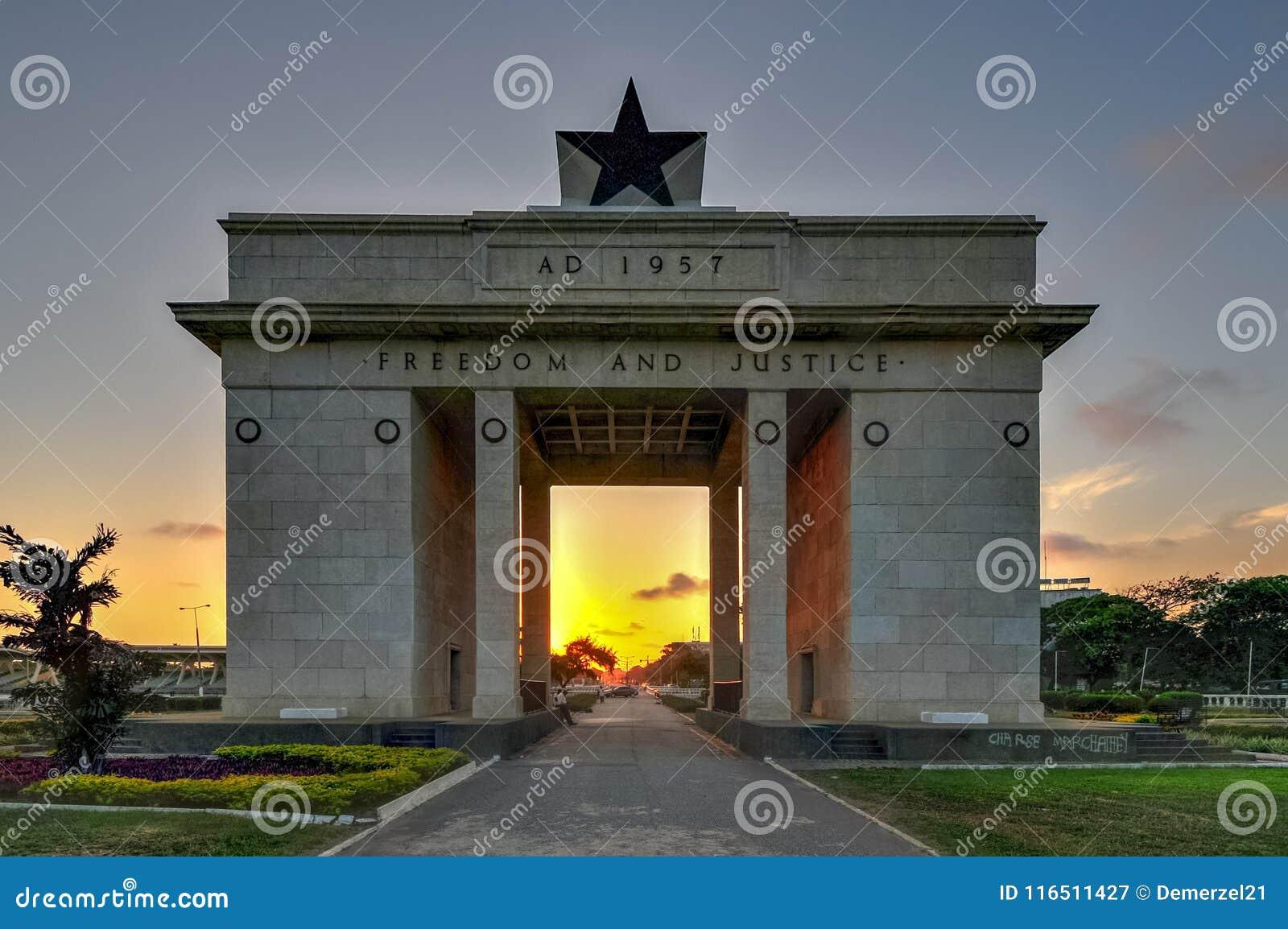 Självständighetbåge, Accra, Ghana