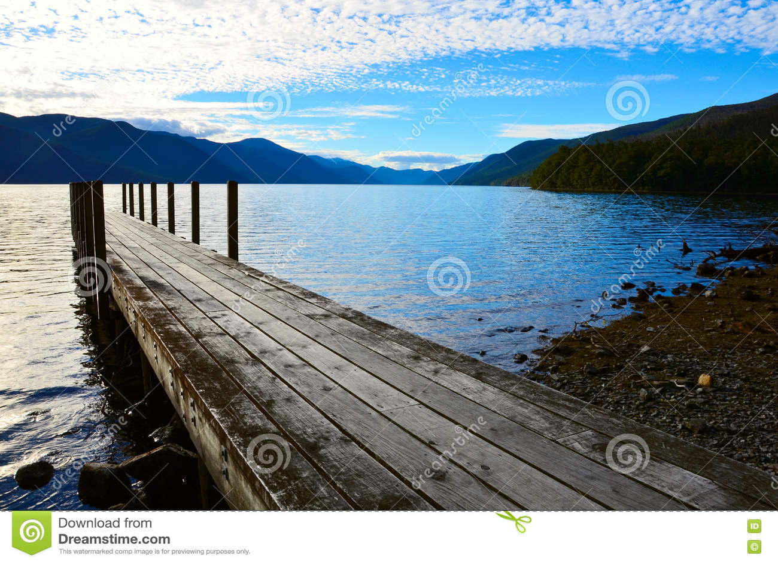 Sjö Rotoroa, Nelson Lakes National Park, Tasman, Nya Zeeland