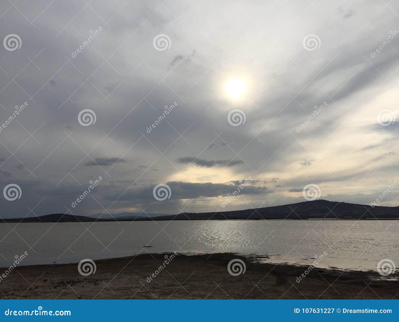 Sjölandskap i Tlaxco, Tlaxcala, Mexico