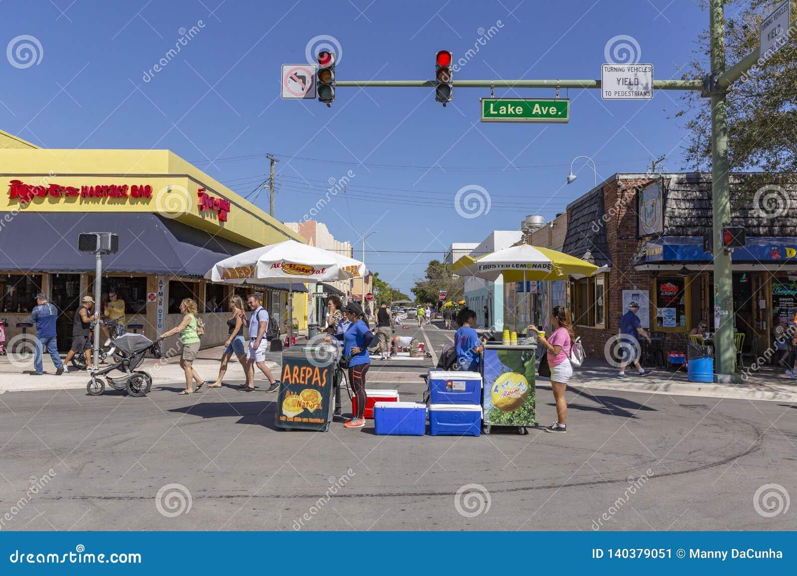 Sjövärde, Florida, USA Fab 23-24, 25Th årliga gata som 2019 målar festen