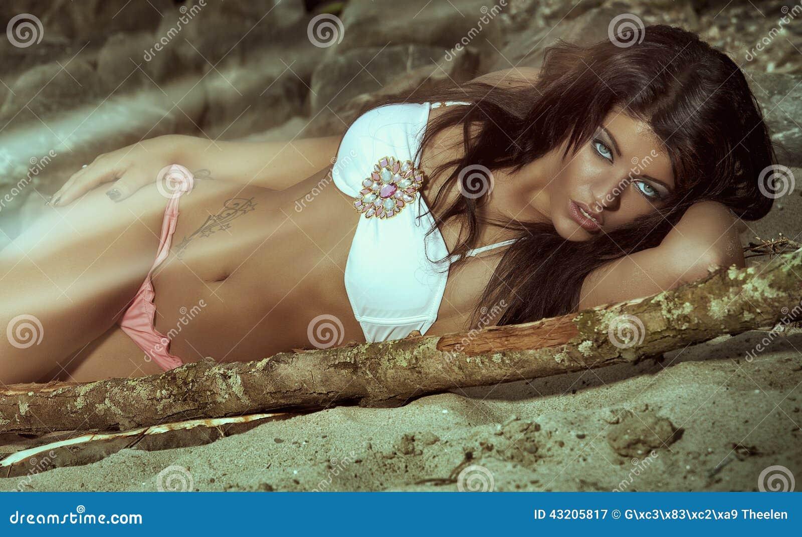 Download Skönhet modellerar fotografering för bildbyråer. Bild av extremt - 43205817