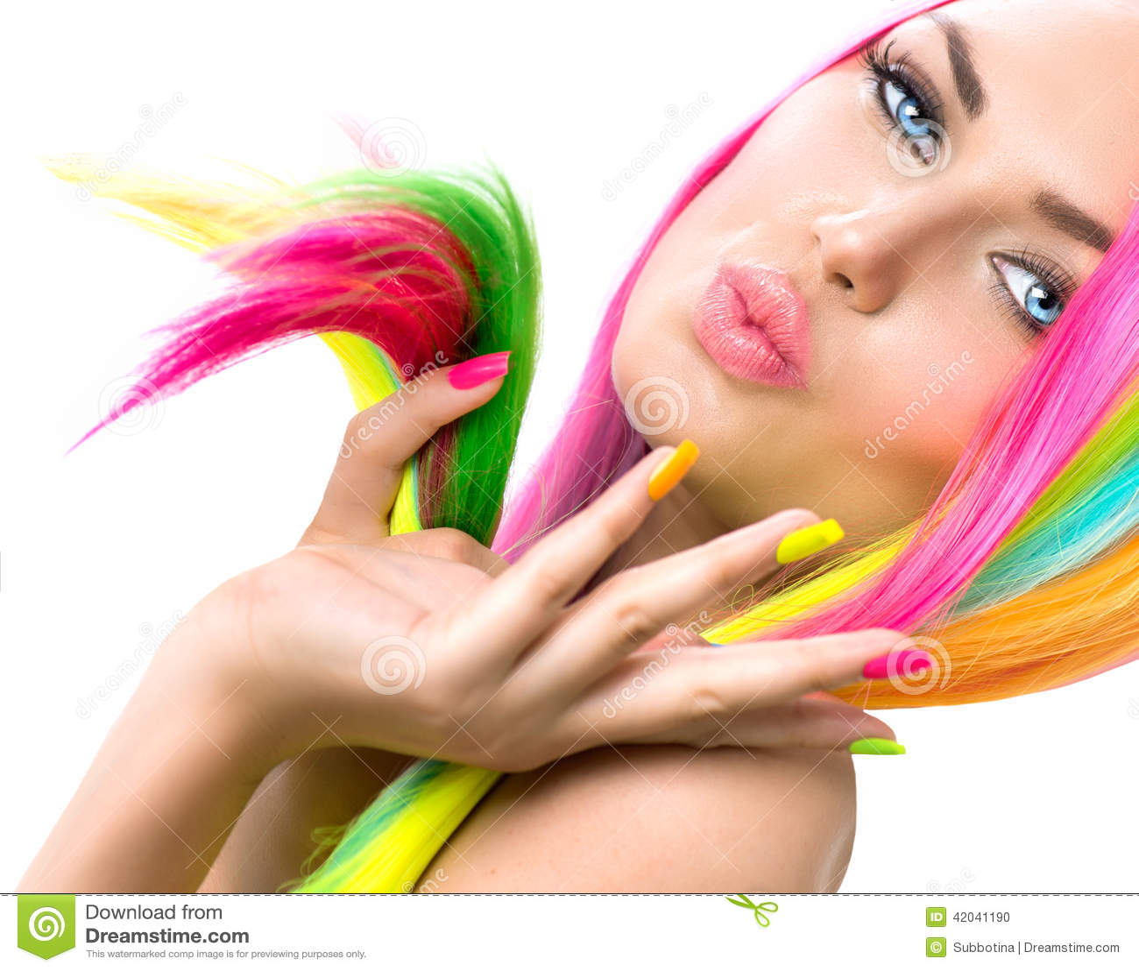 Skönhetflickastående med färgrik makeup