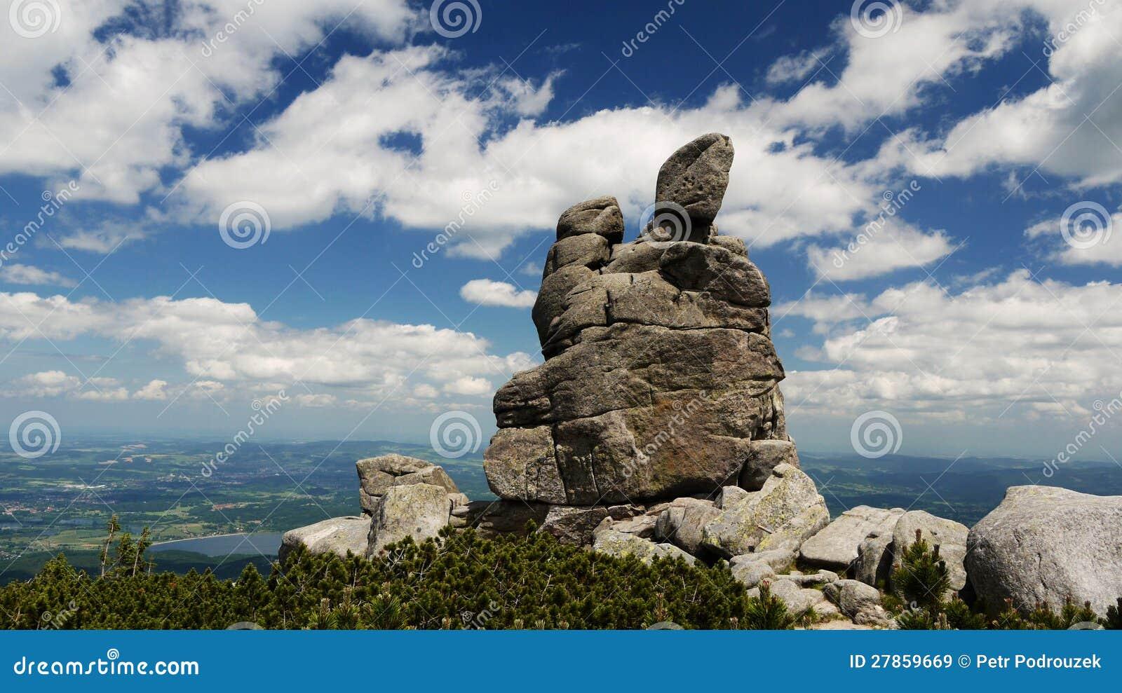 Skały w Gigantycznych Górach