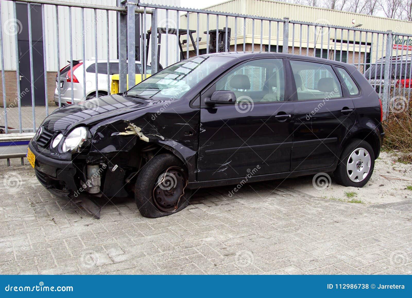 Skadade Volkswagen Polo