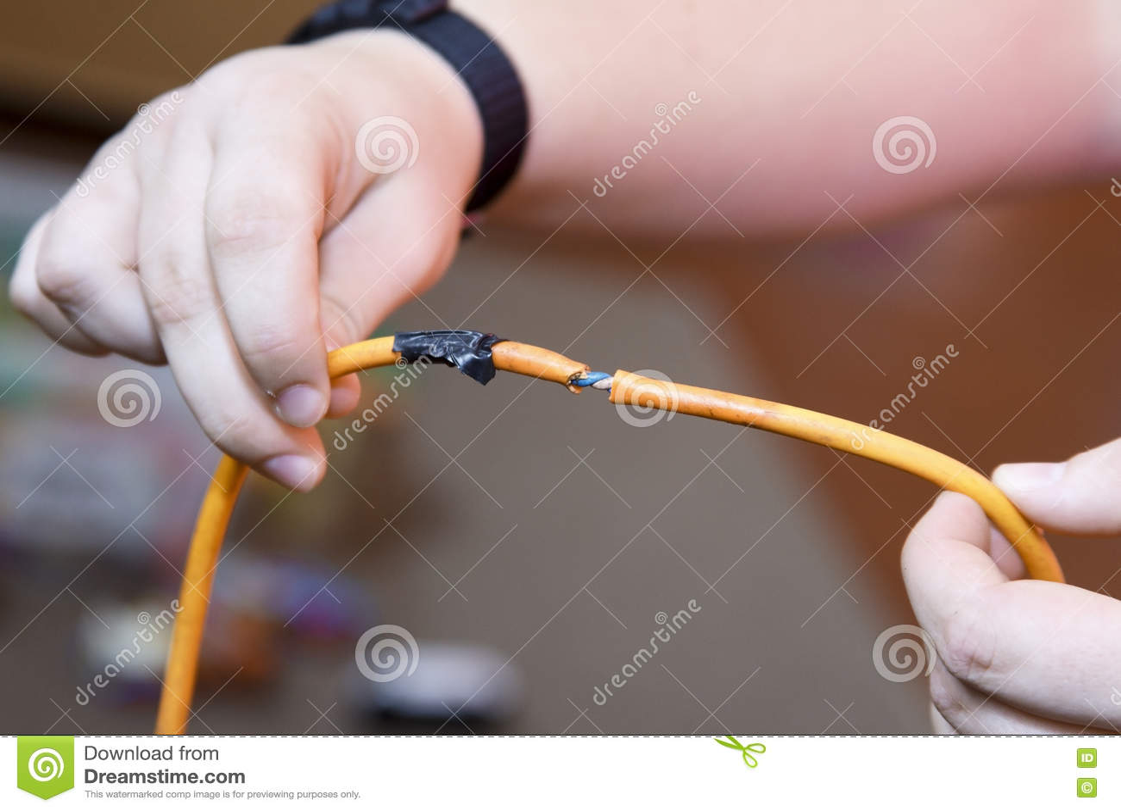 Skadlig kabel