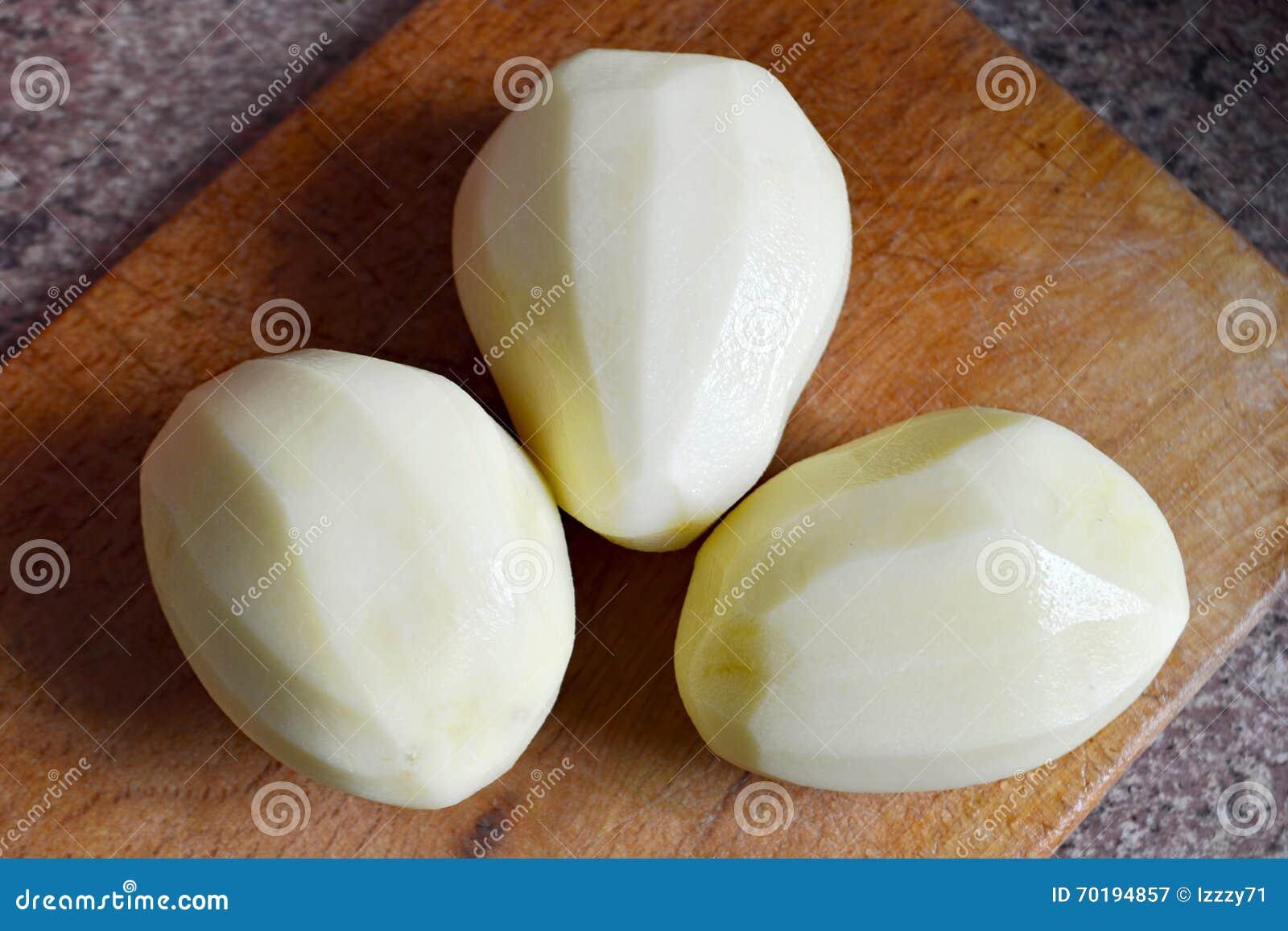Skalade potatisar
