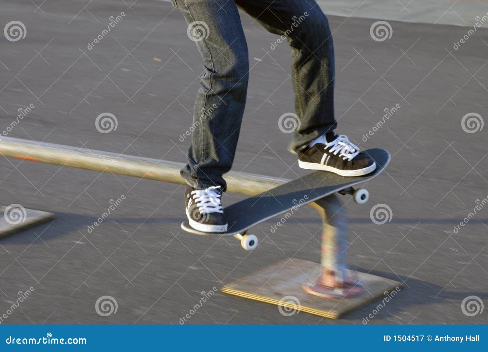 skateboard rail slide royalty free stock photography. Black Bedroom Furniture Sets. Home Design Ideas