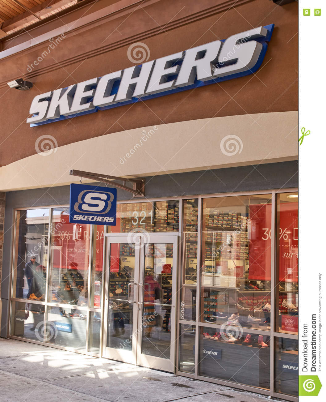 a16aebe5cbc4 Skechers outlet editorial stock image. Image of logo - 67924834