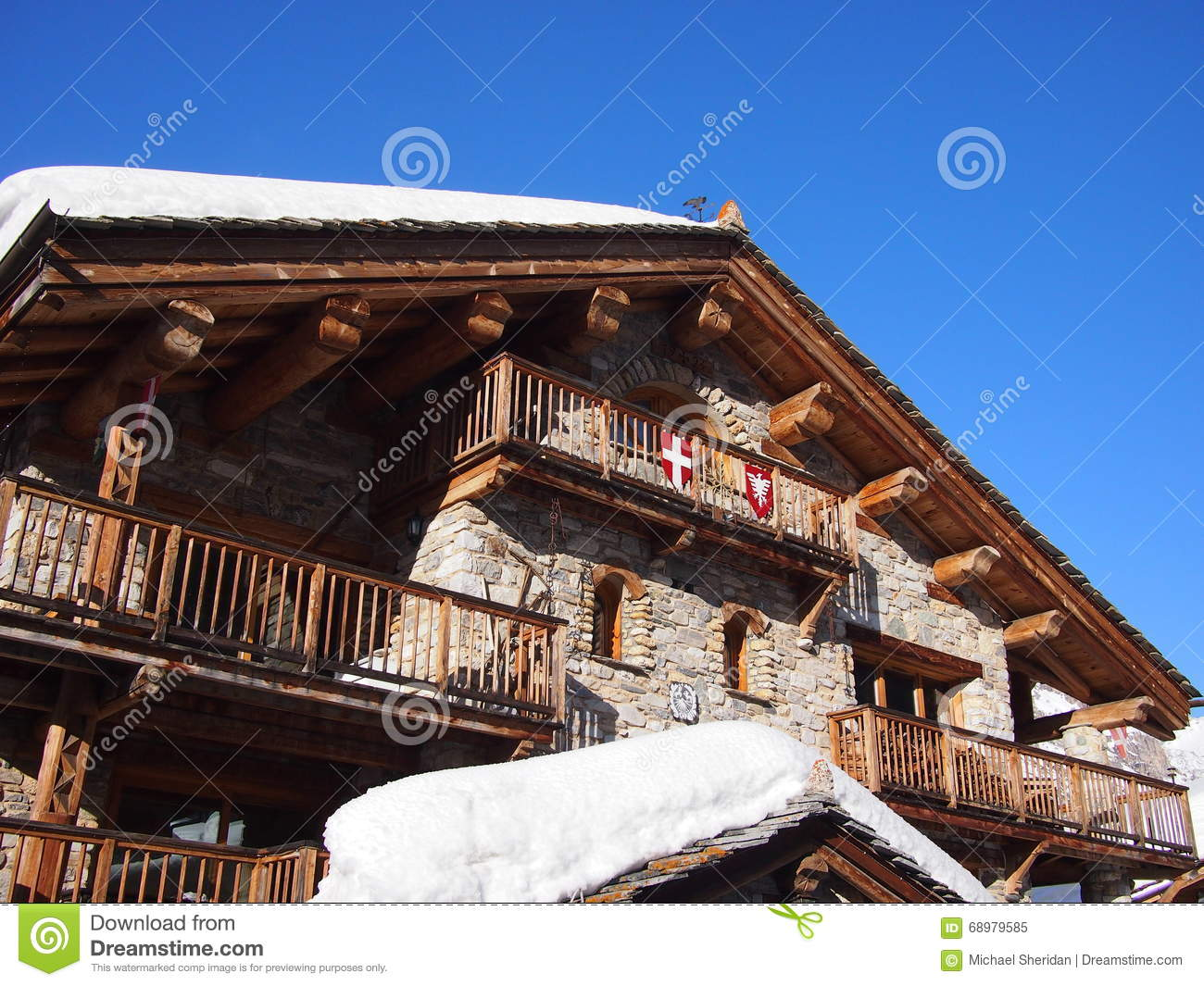 Ski Chalet alpin traditionnel