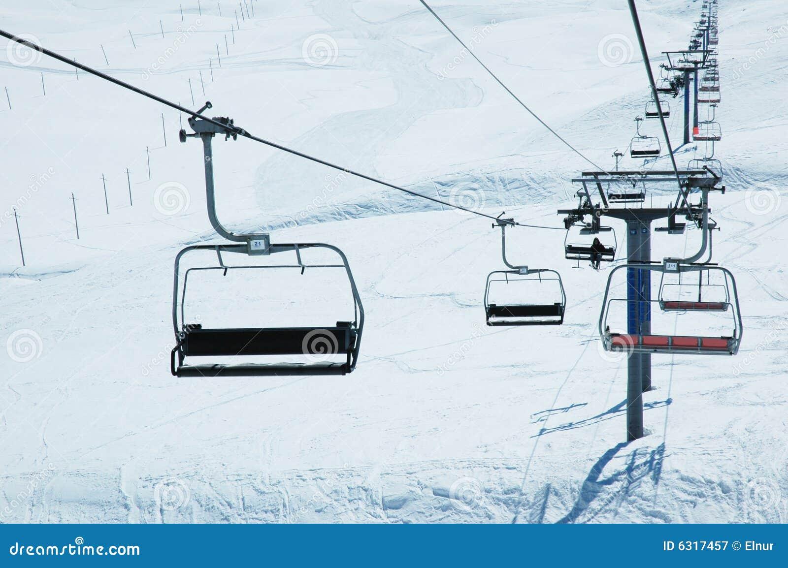 Charmant Ski Lift Chairs