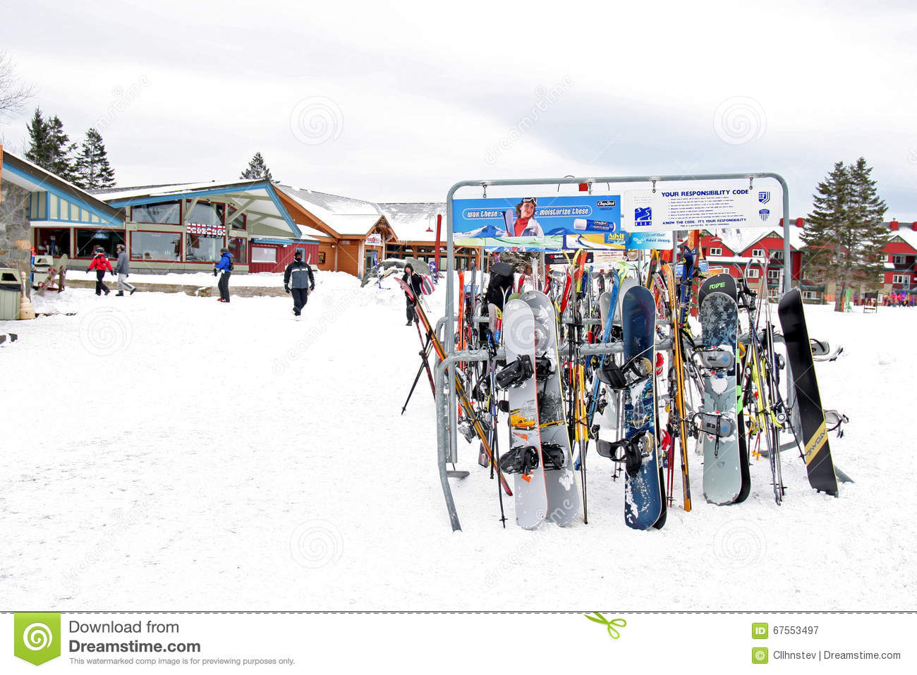 Ski's And Snowboards, Mount Snow Ski Editorial Photography - Image