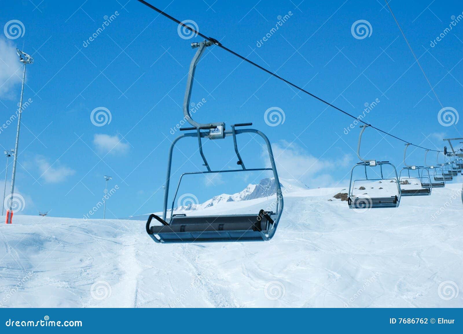 Skiaufzugstühle