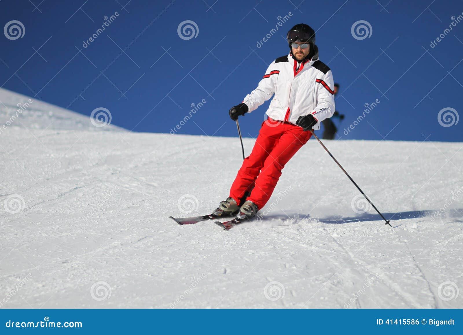 Skieur mâle