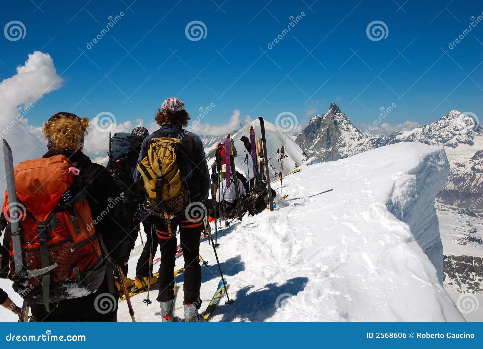 Skieurs de Backcountry
