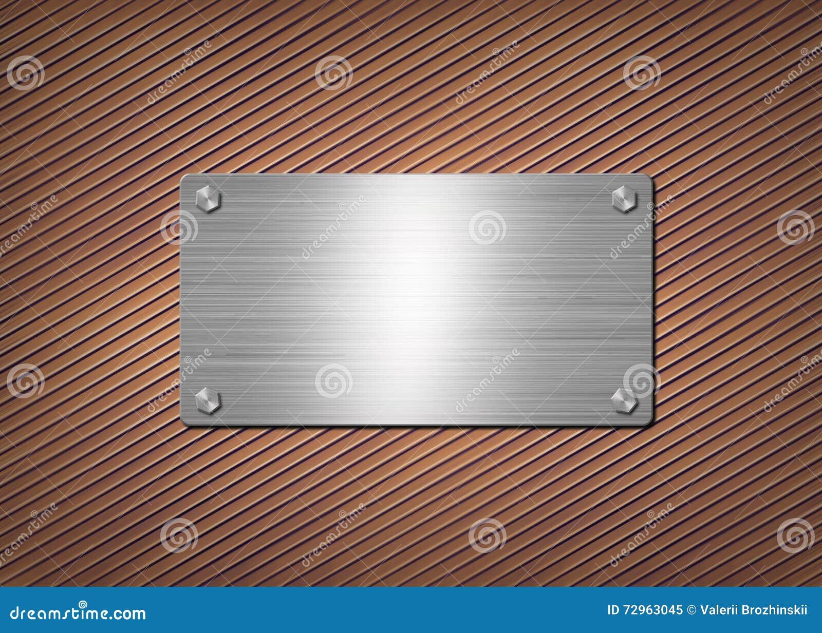Skinande metallplatta på den rostiga bakgrunden