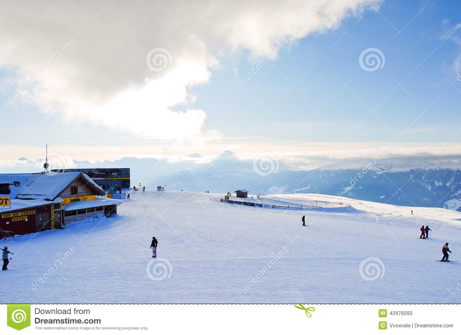 Skisport en Val Gardena, dolomías, Italia