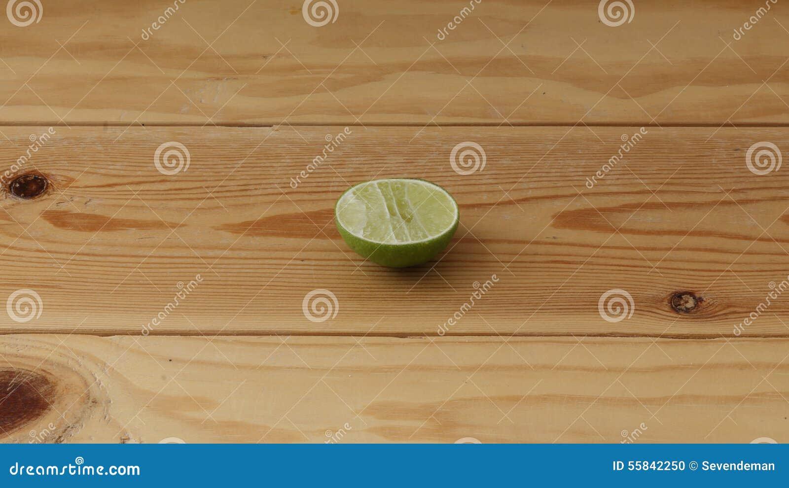 Skivad limefrukt