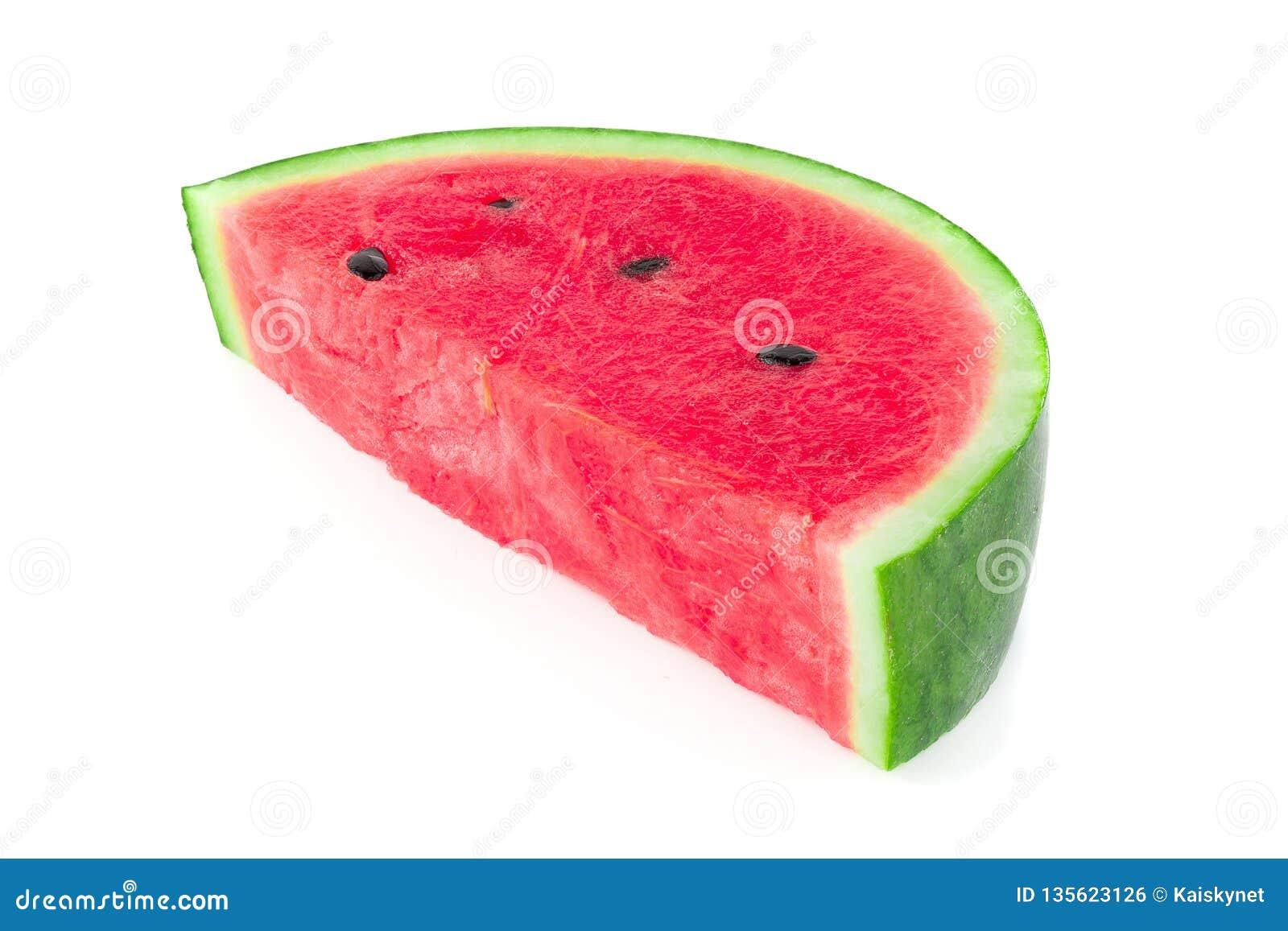 Skivat av vattenmelon som isoleras på vit bakgrund
