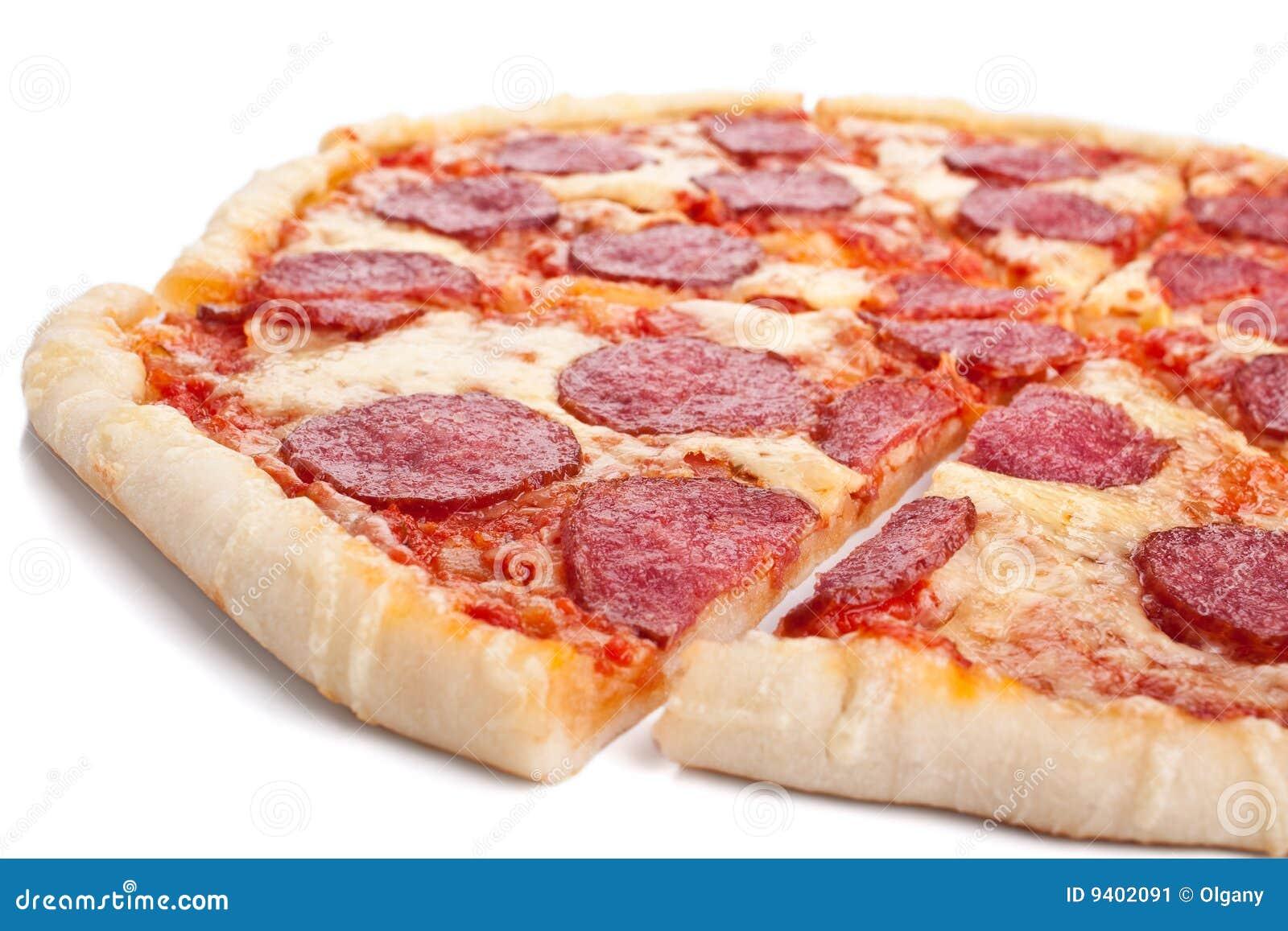 Skivat helt för pizza salami