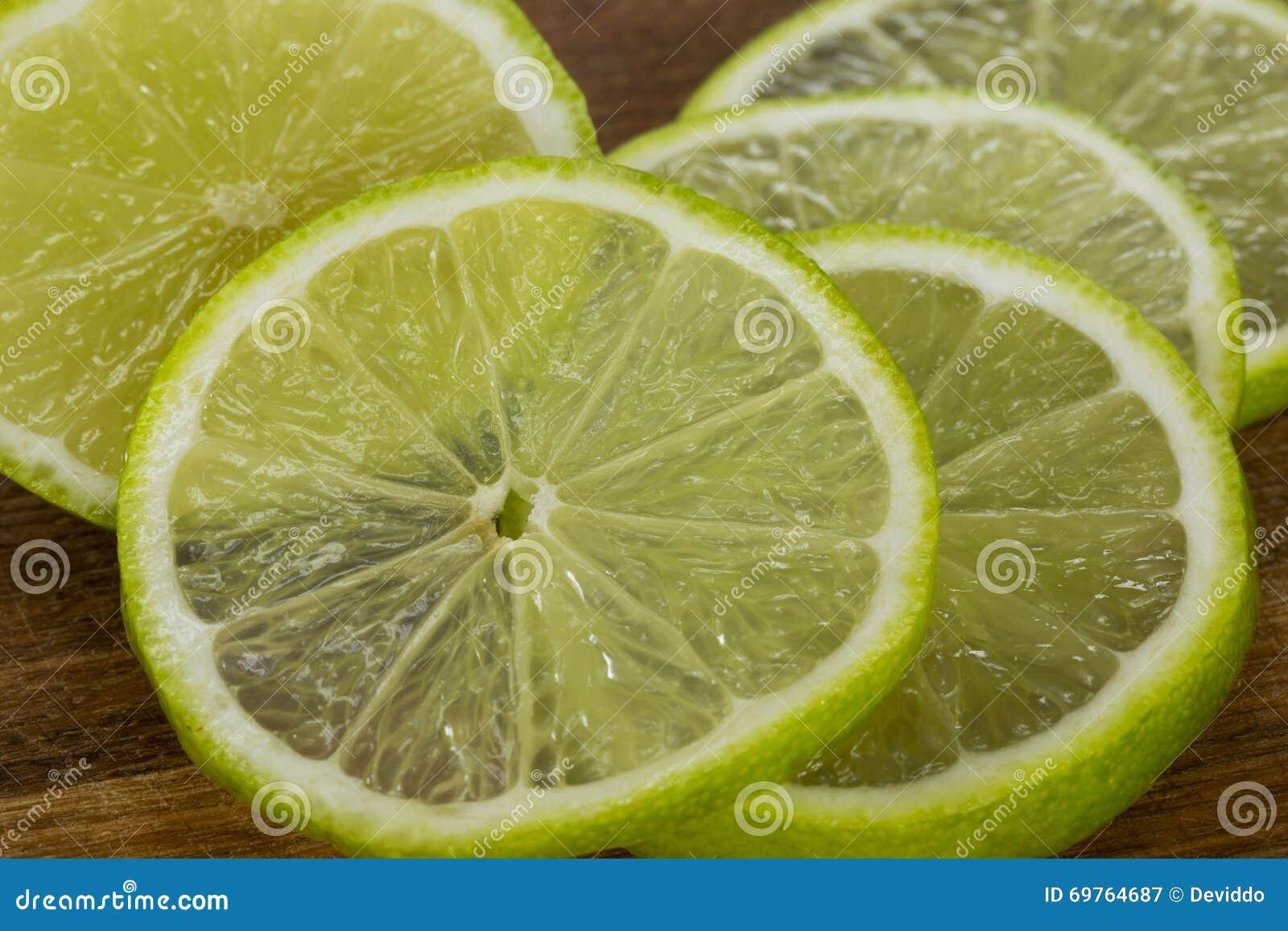 Skivorna av limefrukt