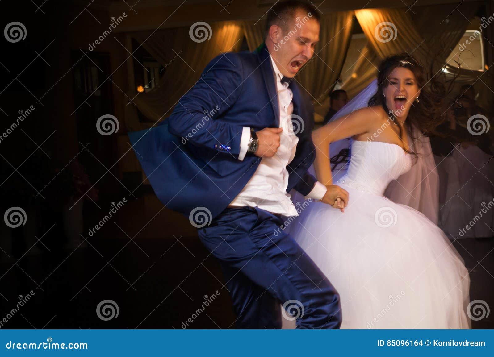 Skjuten övre sikt för bruddans brudgum