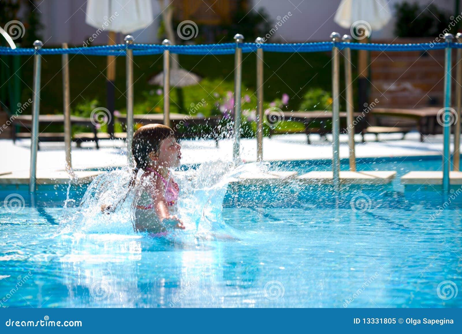 Skokowy basen