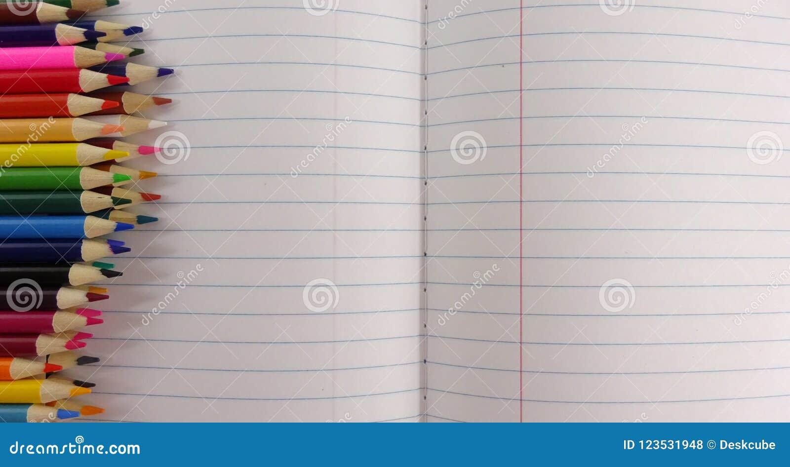 Skolaanteckningsbokfärg ritar bakgrund Fotobild
