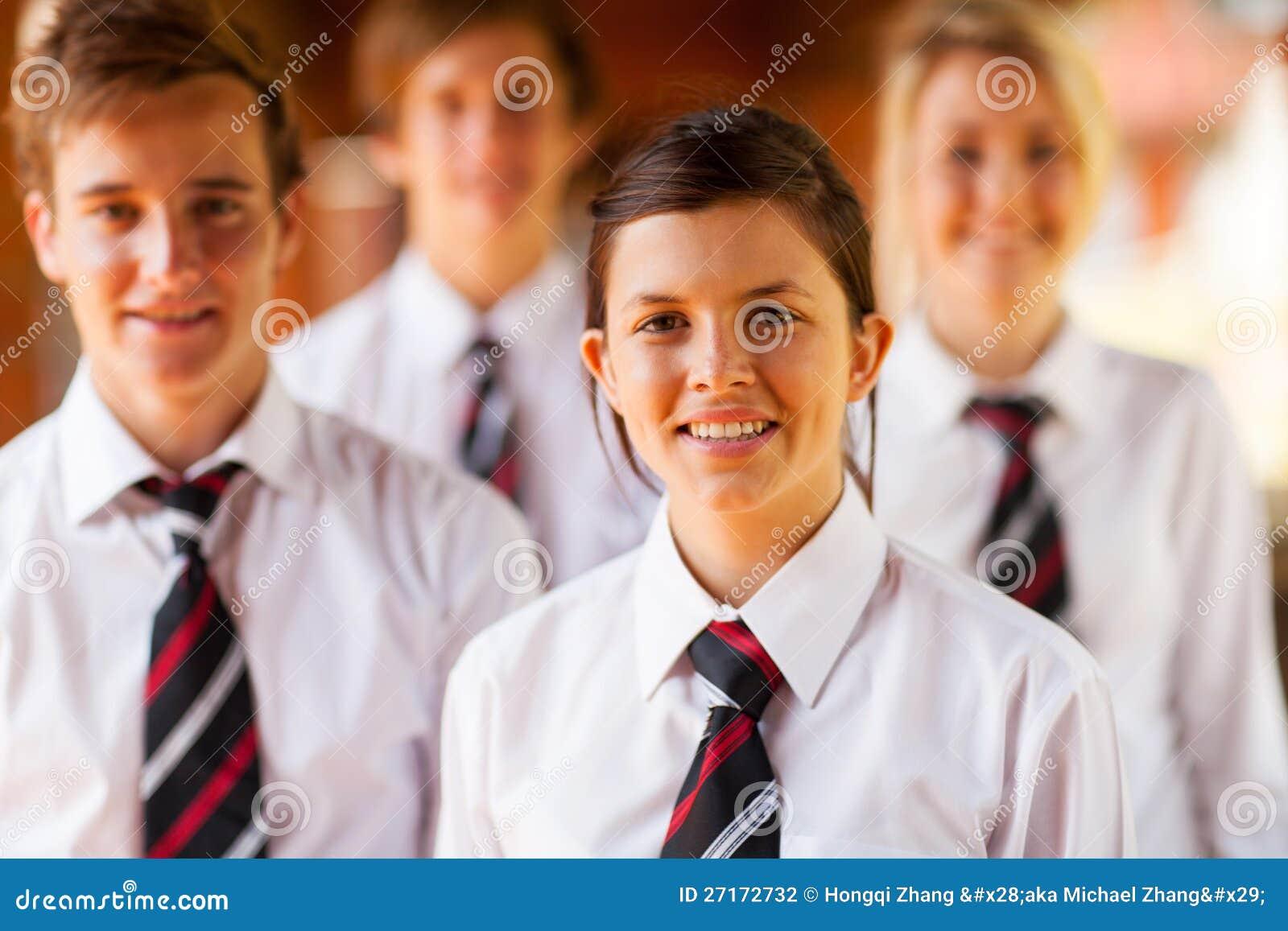 Skolaflickapojkar