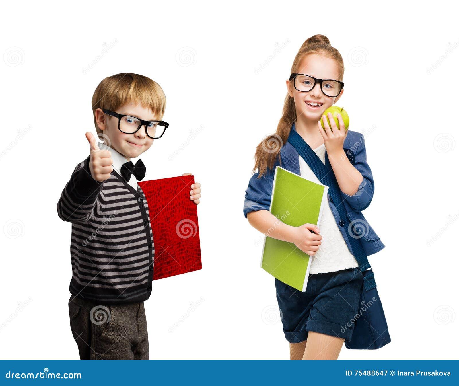 Skolbarn, grupp av pojken och flickaungar i exponeringsglas