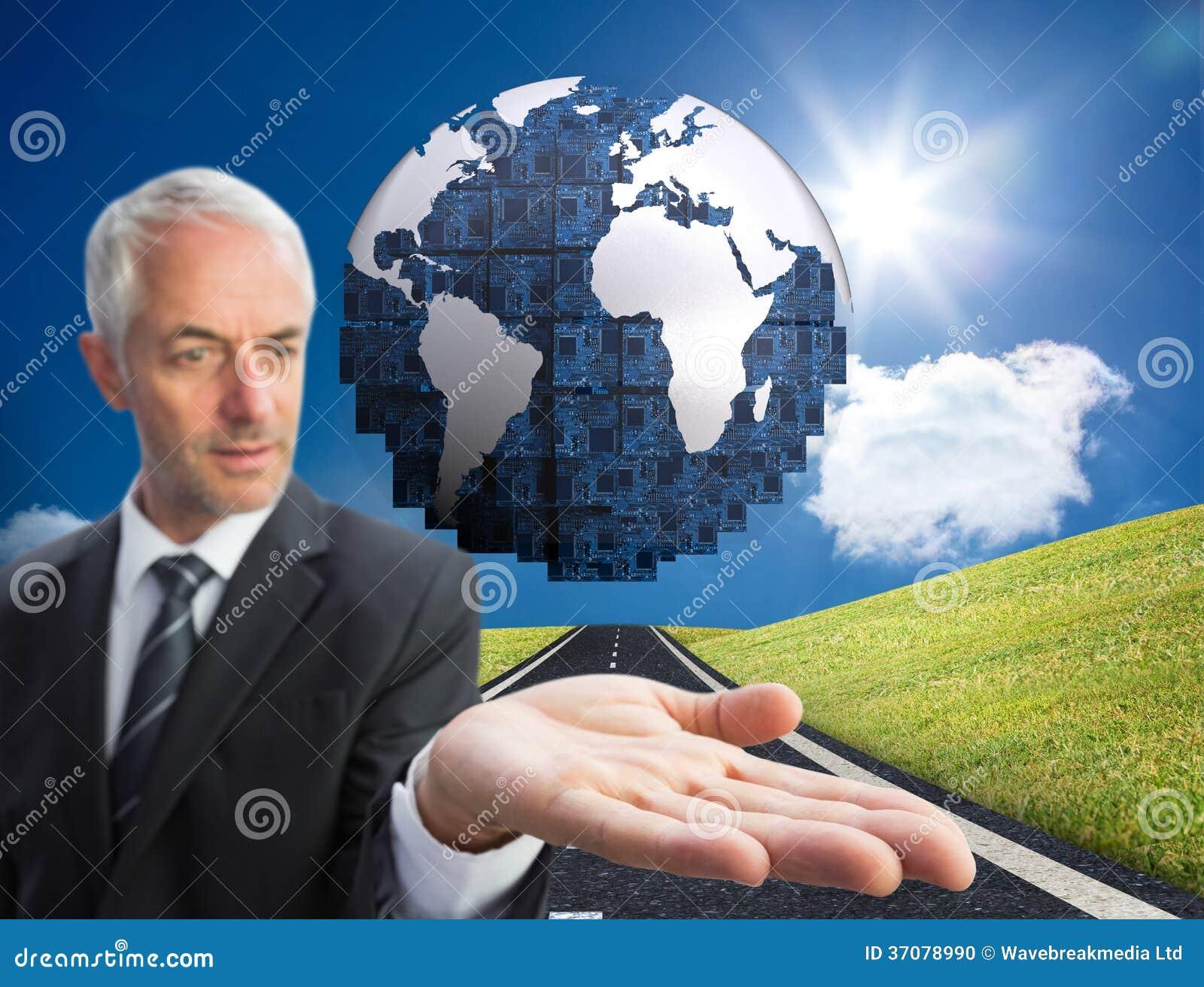 Download Skoncentrowany Biznesmen Z Palmą Up Zdjęcie Stock - Obraz złożonej z osoba, sunshine: 37078990