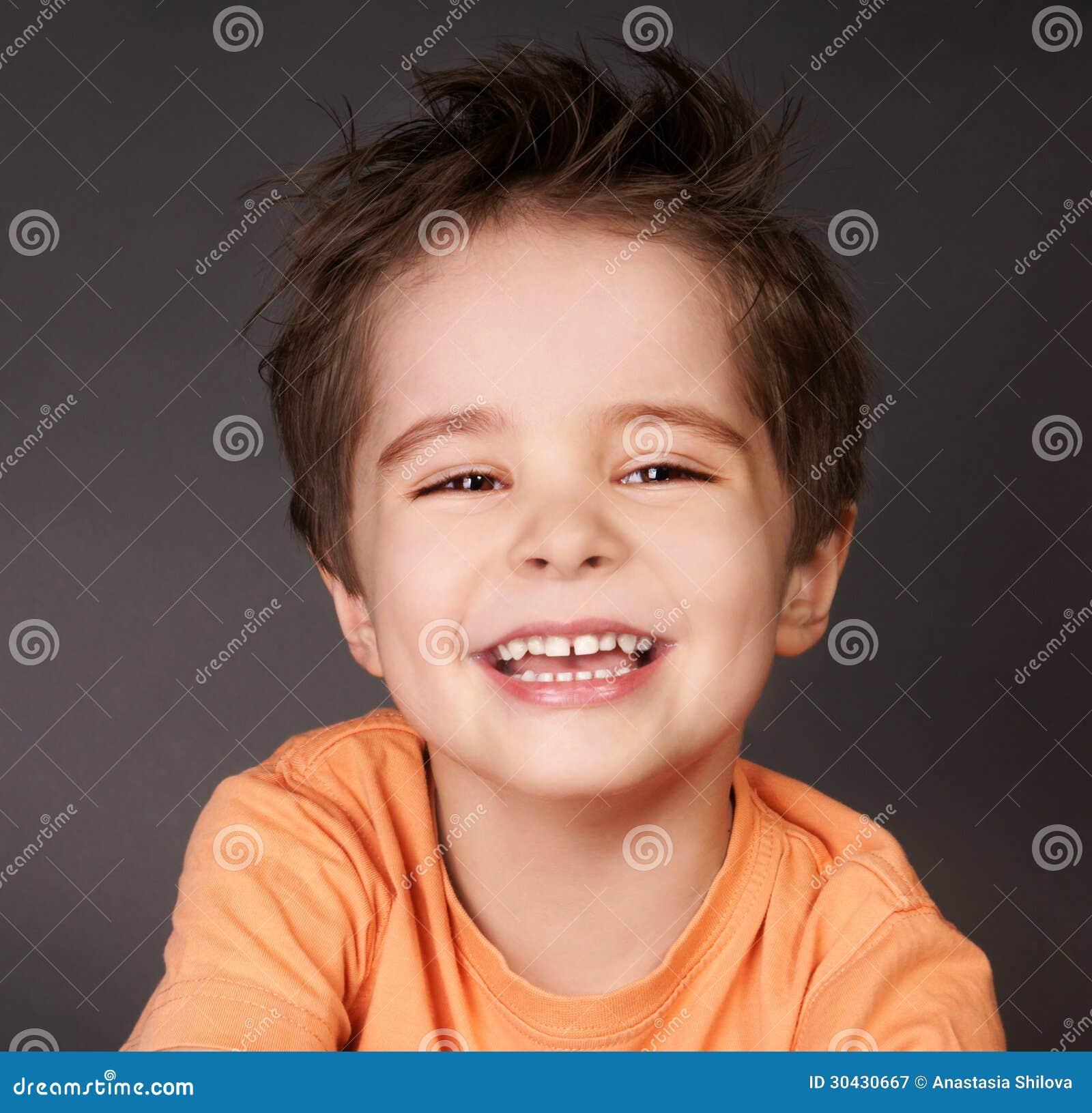 Skratta ungen
