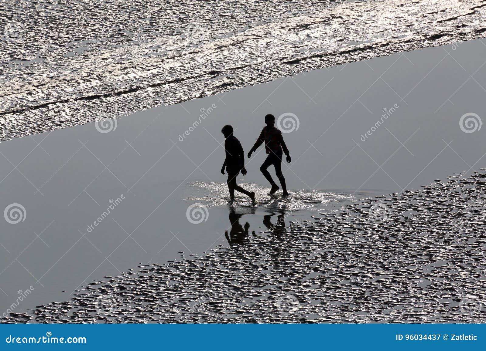 Skrzyżowanie Malta rzeki, Zachodni Bengalia, India